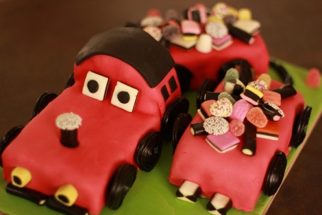 birthday party- race car cake